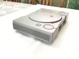 Playstation 1 (FAT) SCPH-9001 (ITEM RARO DE COLECIONADOR)
