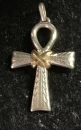 Pingente crucifixo com prata e ouro 18K egipcio novo super lindo