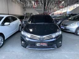 Corolla GLI 2016 1.8 automático, bancos de couro, GNV e câmbio CVT de 7 marchas