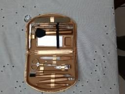 Kit para unhas e maquiagem