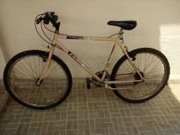 Bicicleta Caloi Aspen 21 marchas Aro 26