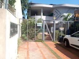 Sala comercial região central R$750,00 + taxas mesal.