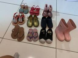 Título do anúncio: Vendo lote de sapato infantil menina
