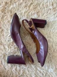 Título do anúncio: sandália magenta