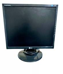 Título do anúncio: Monitor LG 17,5'