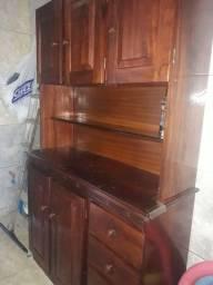 Vendo armário de madeira de cozinha 600 reais