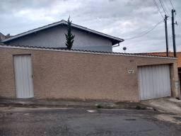 Casa à venda com 3 dormitórios em Bom pastor, Varginha cod:SG1224