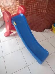 Escorregador Splash bandeirantes