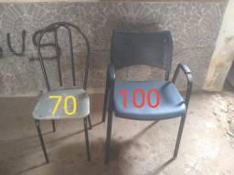 Título do anúncio: Cadeiras assento amofadado