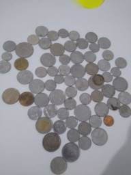 68 moedas antigas ( fotos delas não sei dizer os nomes)