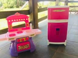 Cozinha e geladeira de Brinquedo