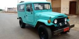 Toyota Bandeirante 1982 - 1982