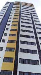 Apartamento amplo em área nobre da cidade, com 3 vagas de garagem