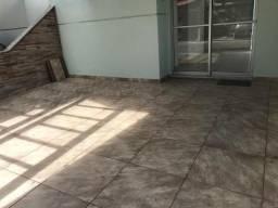 Casa reformada de 2/4, com garagem coberta no Cond. Volare 300 m da Fraga Maia