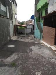 Oportunidade Casa 3/4 Reversível para 4/4 em Itapuã Rua Tranquila sem Saída