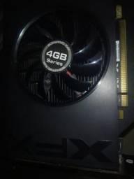 Placa de video Radeon R7 240