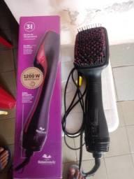 Escova 2 em 1 seca e alisa os cabelos