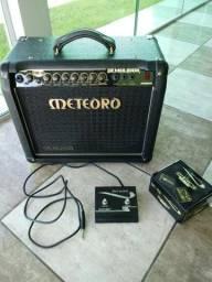 Caixa amplificador cubo FWG-50 meteoro e guitarra MGM-100 Memphis tagima