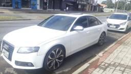 Audi A4 2010 2.0 T 180HP - 2010