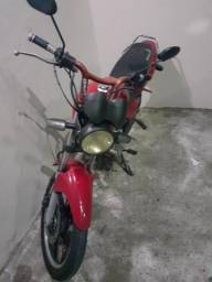 Vendo moto Ducar - 2011