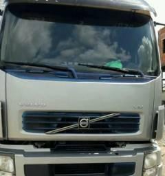 Caminhão VOLVO 260 - 2011