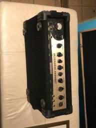 Amplificador Baixo Behringuer Ultrabass BX3000t