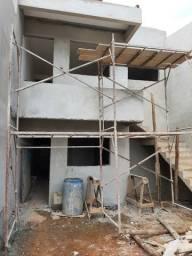 Vendo casas tipo apto vila bretas em acabamento