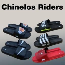 Chinelos Slide Adidas, adidas bulls, nike e nike lakers comprar usado  Goiânia