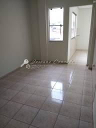 Aluga-se Apartamento no Centro com 2 quartos