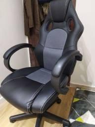 Título do anúncio: Cadeira Presidente Gamer em Couro PU Preta com Cinza Pelegrin PEL-3002<br><br>