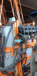 Pulverizador jacto 800LT 14m comando Hidráulico e elétrico bom estado