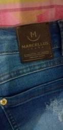 Calça nova nunca foi usada comprei em Caruaru e quando cheguei em ksa não deu