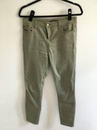 Título do anúncio: Calça verde militar skinny tam 38