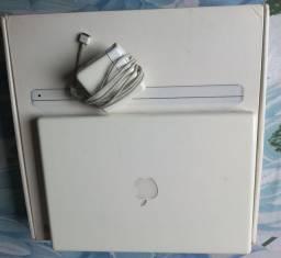 Vendo Macbook Usado 256 gigas 4 Ram