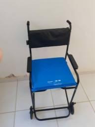 Título do anúncio: Cadeira de rodas de banho