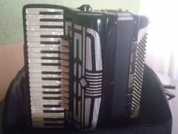 Roland korg nord motif kronnos Yamaha mapex montage acordeon
