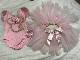 Vestido tema minie rosa usado so 1 vez tamanho 1 ano