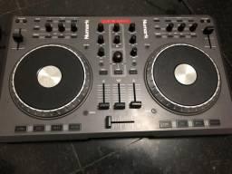 Controladora Numark DJ usb + placa Áudio 4 DJ