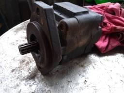 Bomba hidráulica para caminhão