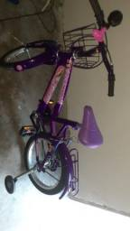 Vende uma bicicleta feminina
