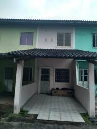 Alugo casa em Simões Filho