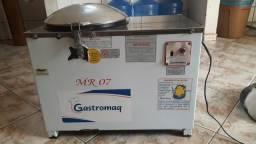 Masseira industrial Gastromaq bivolt de 7 kg