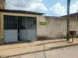 Casa na Qd. 40 - Jardim Barragem IV