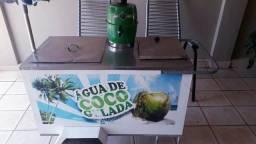 Vendo carrinho água de coco completo