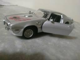 Carrinho de metal Pontiac Firebird