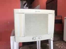 Ar condicionado 7500 btus 220w