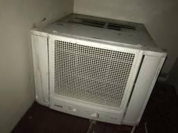 V/t ar condicionado 10 mil btus 300