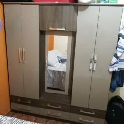 Vendo guarda roupa 5 portas