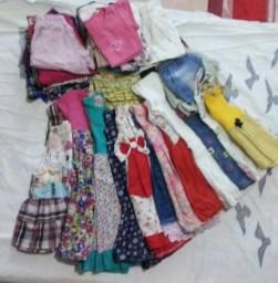Lote de roupas infantis