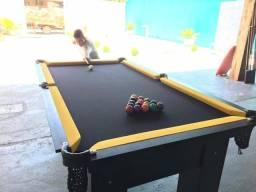 Mesa Semi oficial Cor Preta Tecido Preto e Borda Amarela Mod. UHXK6358